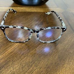# 1058 TIJN CE glasses.